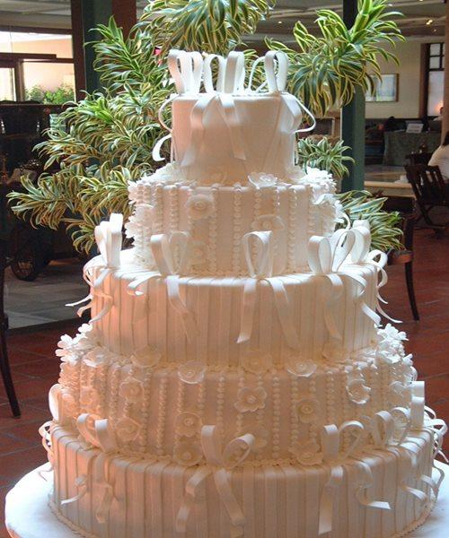 beyaz-katli-dugun-pastasi