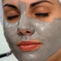 Kırışıklık için yüz maskesi