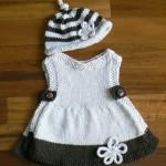 sisle-orme-sapkali-kız-elbisesi-modeli