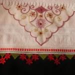 İğne-oyası-çiçekli-havlu-kenarı-MODELİ-2