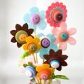 Keçe Ve Düğmeyle Çiçek Yapılışı