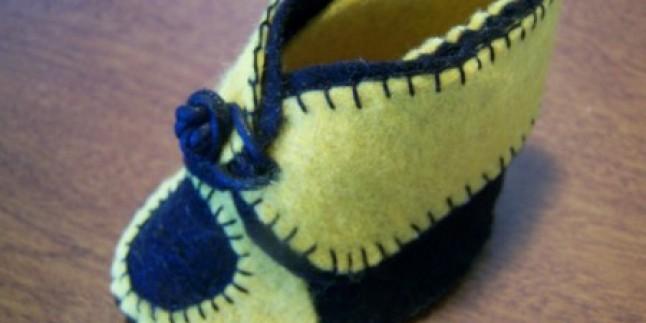 Keçeden Ayakkabı Görünümlü Bebek Patiği Yapılışı