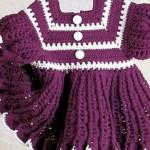mor-örgü-bebek-elbisesi