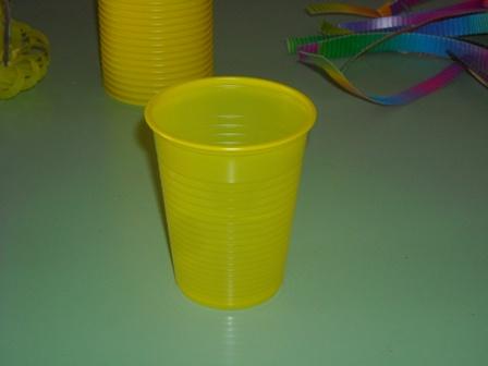 plastik-bardaktan-sekerlik-sepet-yapilisi-1