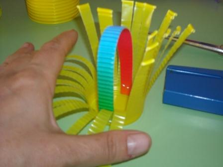 plastik-bardaktan-sekerlik-sepet-yapilisi-3