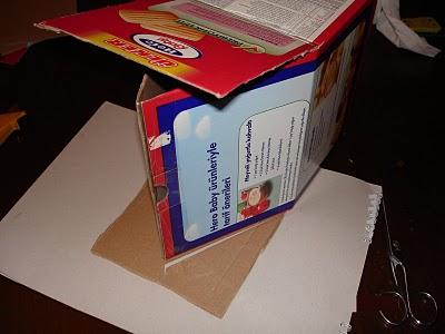 Kutunun boyu uzun olduğundan yanlardan keserek boyutunu