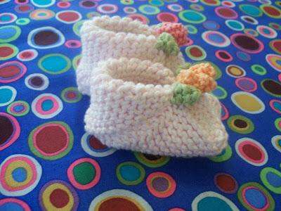 kolay-ucgenden-yapilan-bebek-patigi-1