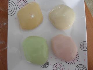 Jelibomdan-kolay-şeker-hamuru-pasta-susleme-yapimi-5