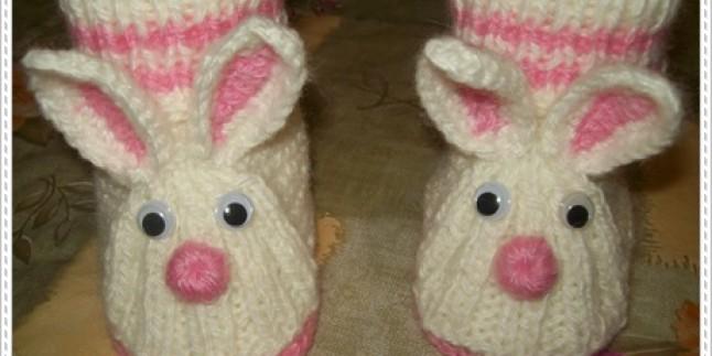 Misinalı Şişle Tavşan Şeklinde Bebek Patiği Örme