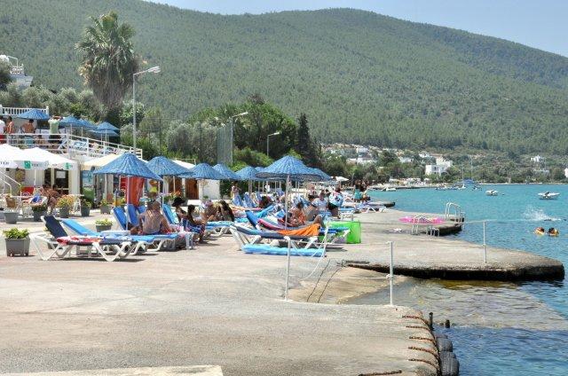 plajı-olan-ucuz-bodrum-otelleri