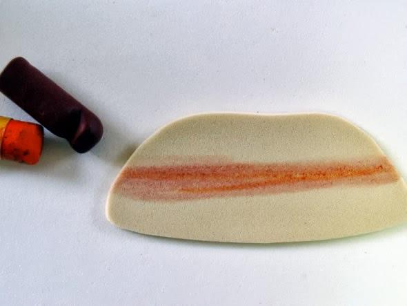teneke-konserve-kutusundan-cocuklu-kalemlik-yapma-4