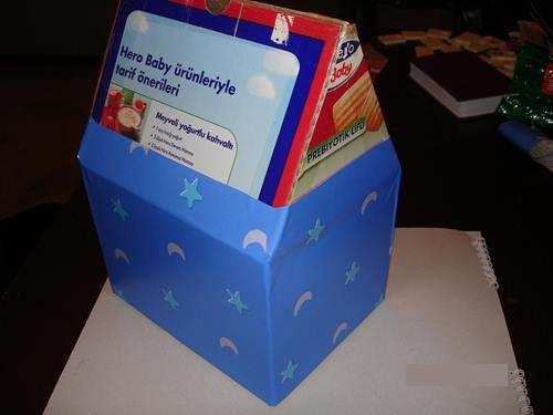 bebe-biskivu-kutusandan-kolay-karton-ev-yapimi-6