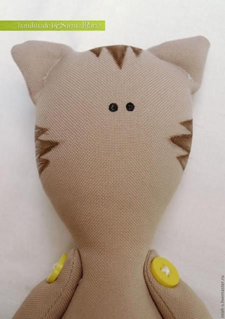 Polardan-oyuncak-kedi-bebek-dikme-6
