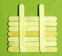 dondurma-hobi-cubuklarindan-masa-sandalye-yapimi-6