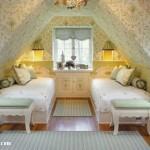 beyaz-tek-iki-yatakli-cati-kati-oda-tasarimi-dekoru