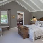 cati-odasi-ahsap-mobilyali-yatak-odali-dekorasyon