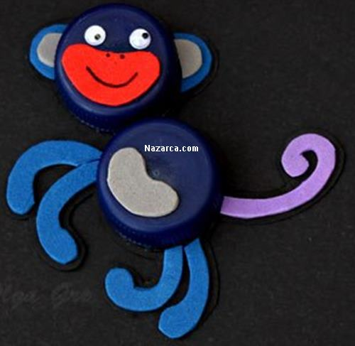 plastik-sise-kapaklariyla-maymun