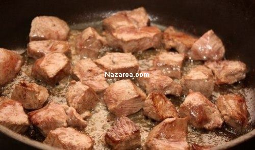 guvecte-etli-patates-yemegi-resimli-tarif-1