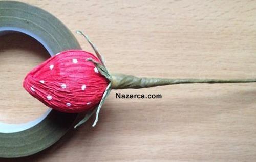 sari-kirmizi-sekerle-yapilan-krapon-kagit-cicek-6