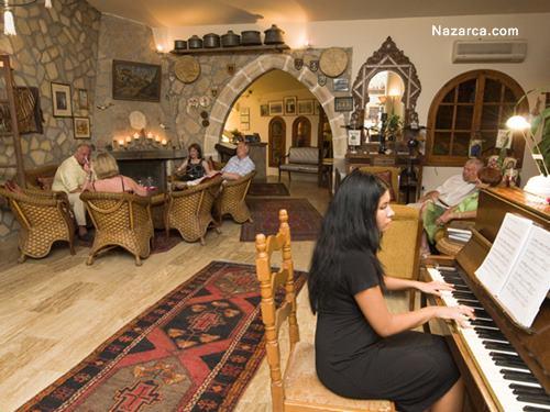 Bellapais Gardens Hotel-cafe