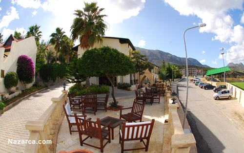Bellapais-Monastery-Village-Hotel-cafe