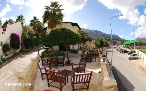 Bellapais-Monastery-Village-Hotel-cafe