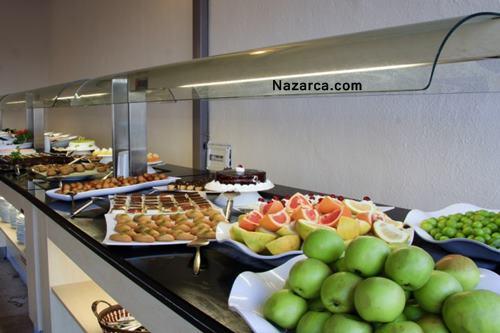 Marmaris-icmeler-vela-hotel-acik-bufe-yemekler