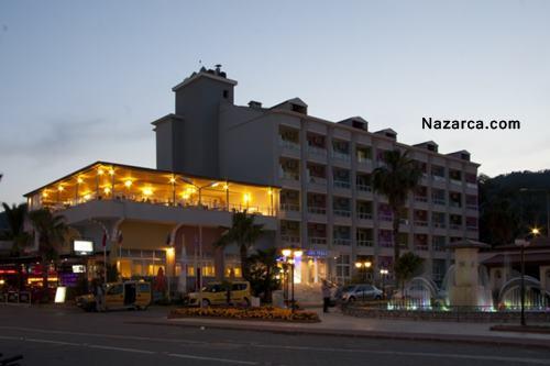 Marmaris-icmeler-vela-hotel-gece-manzarasi