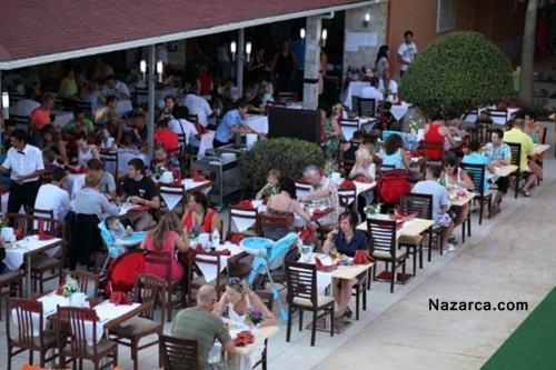 alanya-oncul-beach-resort-otel-acik-hava-restorani
