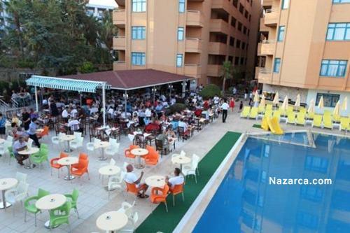 alanya-oncul-beach-resort-otel-havuz-basi-yemek