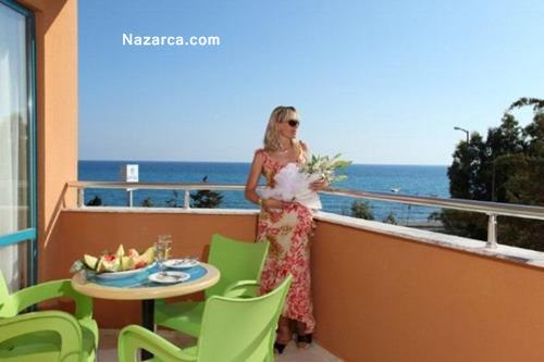alanya-oncul-beach-resort-otel-oda-balkon