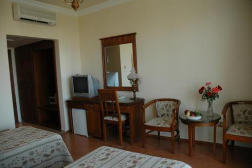 altinkaya-holiday-resort-otel-oda