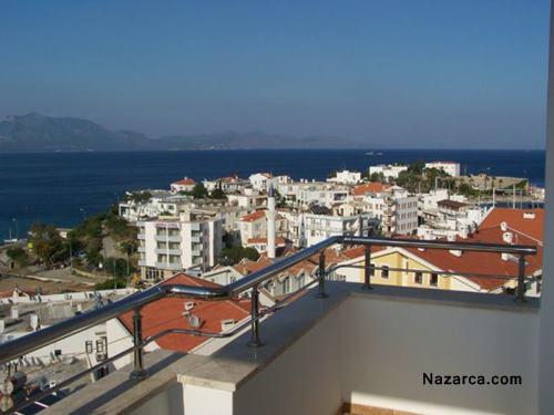 datca-beyaz-konak-evleri-oda-balkonu