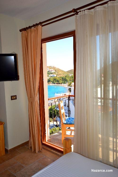 datca-doada-hotel-odadan-deniz-manzarasi