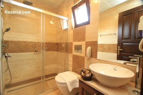 datca-orcey-hotel-sato-evleri-oda-banyo