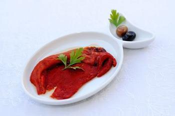 kapadokya-oykuevi-otel-restoran-meze-kirmizi-biber