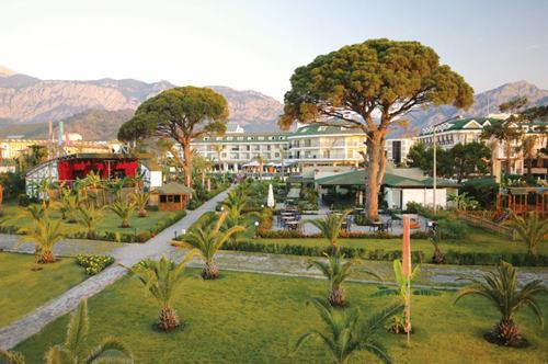 kemer-zena-resort-hotel-bahcesi