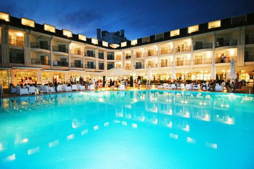 kemer-zena-resort-hotel-havuz-gece