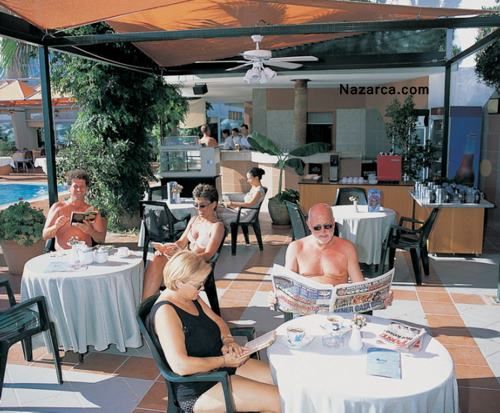 kusadasi-marina-hotel-pool-cafe