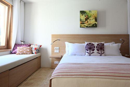 macakizi-hotel-turkbuku-bodrum-yatak-odali