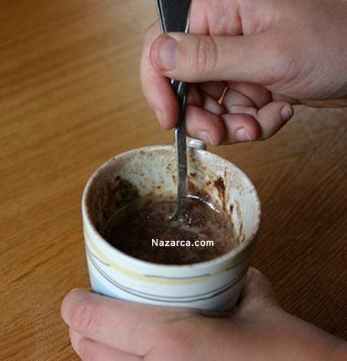 mikro-dalgada-5-dakikada-bardakta-ciikolatali-kek-8