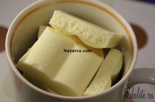 muz-ve-beyaz-cikolatadan-ev-yapimi-vitaminli-dondurma-3