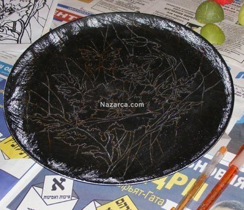 tabak-uzerine-yumurta-kabuklu-vitray-cicek-doseme-1