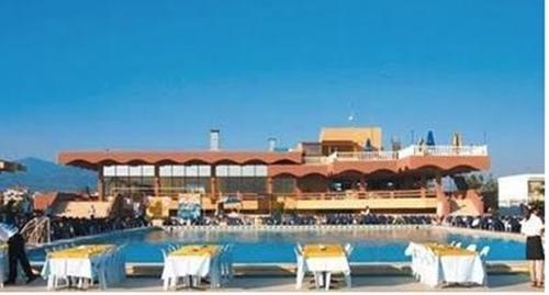 turban-akcay-tatil-koyu-havuzu