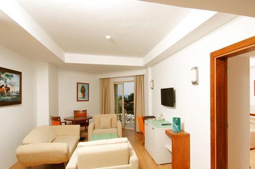 zena-resort-hotel-oda-salon