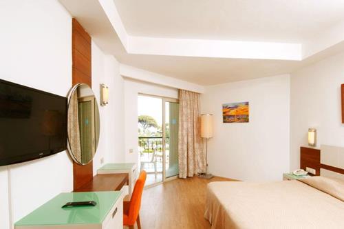 zena-resort-hotel-odasi