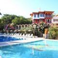 datca-perili-bay-resort-otel-havuzlari