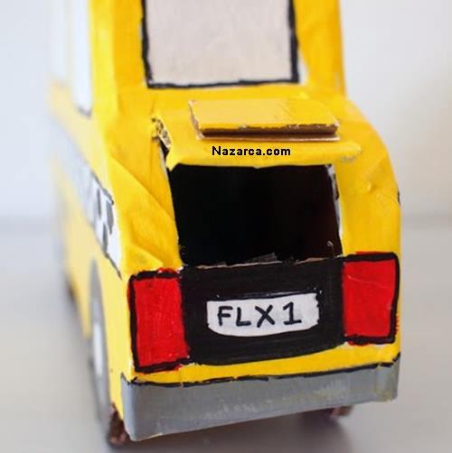 kartondan-ticari-taksi-seklinde-kumbara-5