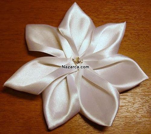 Dekoratif-kurdeleden-papatya-yapilisi-6