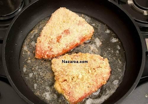 Tavada-peynirli-kirmizi-biber-dolması-4
